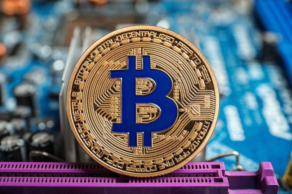 27% американцев согласны использовать биткоин в качестве платежного средства